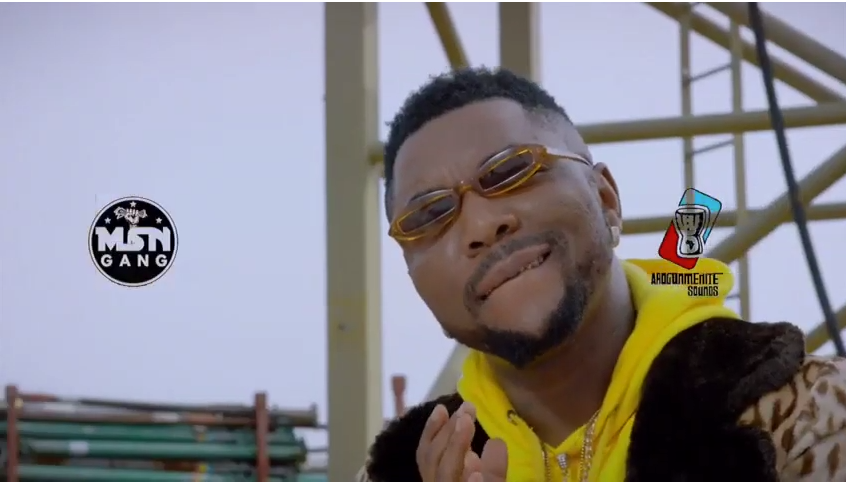 Oritse Femi – Cha Kam Video