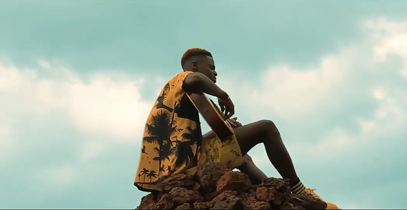 Download Lahmoreek Only Me Video